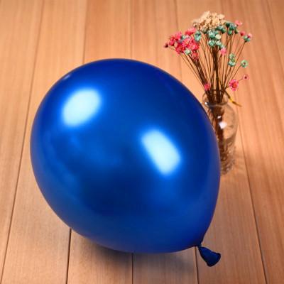 Воздушный шар, наполненный гелием