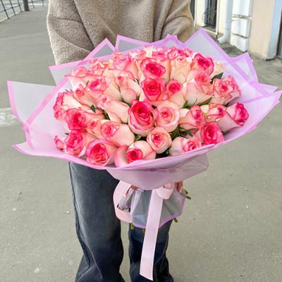 51 нежно розовая роза