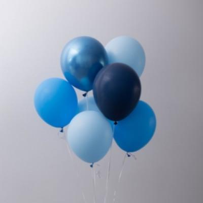 7 сине-голубых шаров
