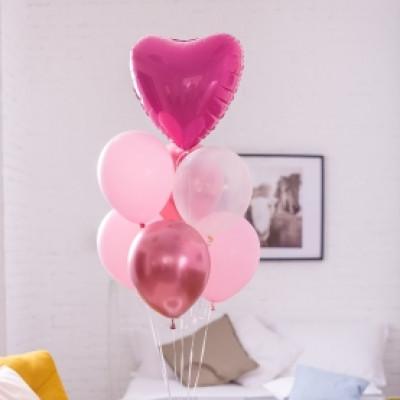 7 розовых шаров с сердцем