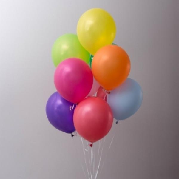 9 разноцветных шаров