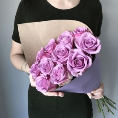 11 сиреневых роз