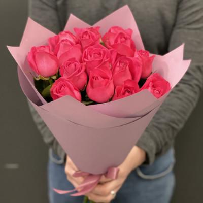15 коралловых роз