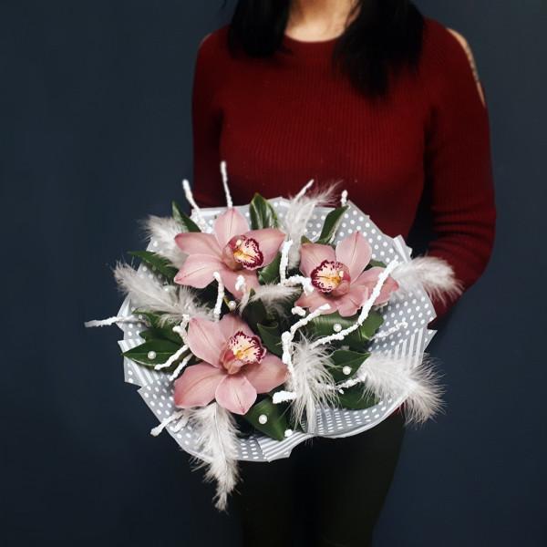 3 Орхидеи в оформлении