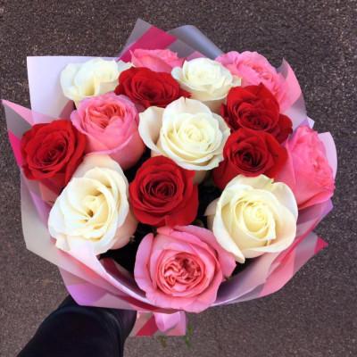 15 роз ассорти