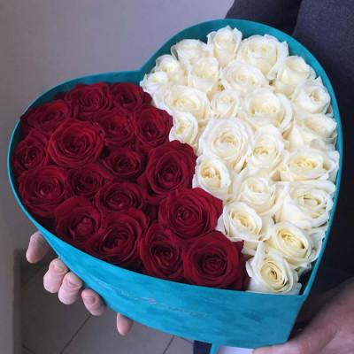 39 роз в коробке сердце