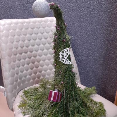 Декоративная елка- сюрприз из пихты