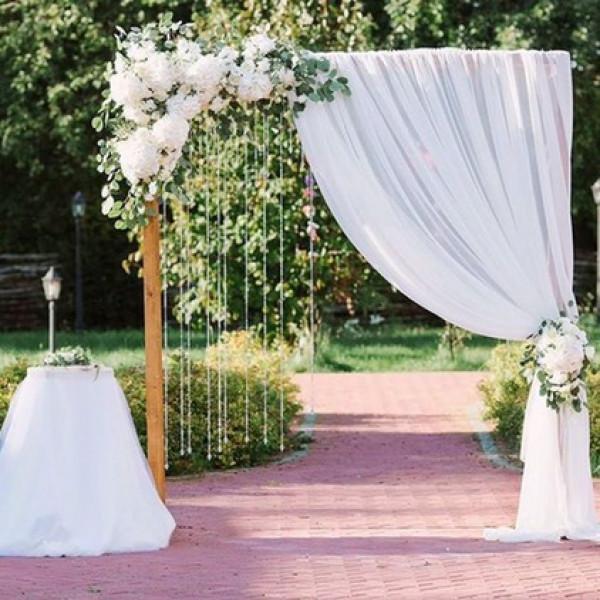Оформление свадебной арки цветами 4